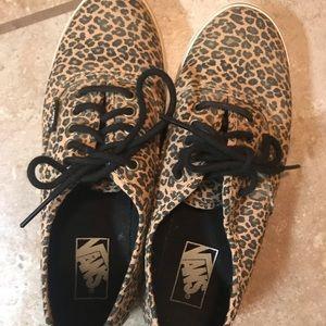 Vans leopard sz 8